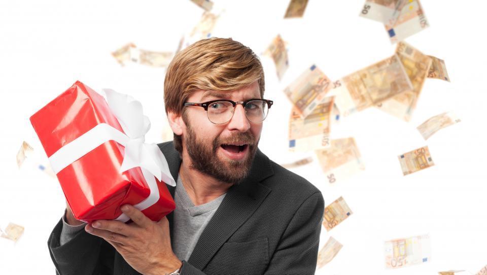 Ali je univerzalni temeljni dohodek neizogiben?