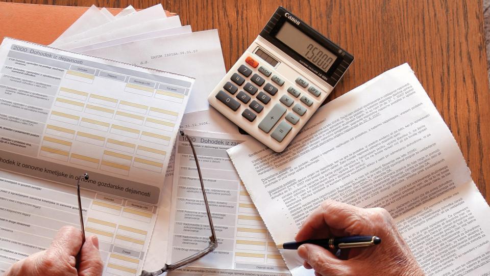 Kako napovedati obresti in kapitalske dobičke