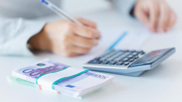 V čem je razlika med bruto domačim proizvodom (BDP) in bruto nacionalnim dohodkom (BND)