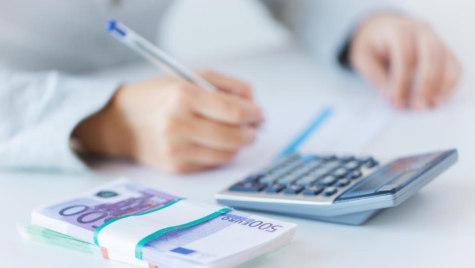 Minimalna plača: če vas ne zavezuje kolektivna pogodba, je strošek dela lahko višji