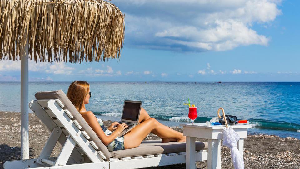 Bi radi delali s plaže? Bojte se javnih brezžičnih omrežij