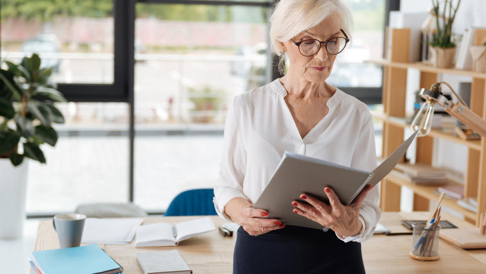 Zaposlovanje starejših bo ugodnejše še dve leti