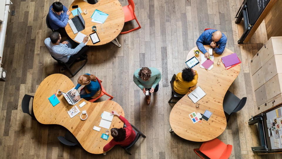 Spoznajte digitalno delovno mesto prihodnosti