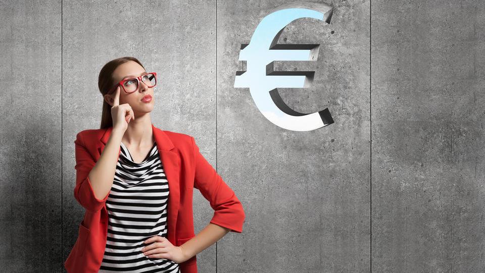 9 možnosti, kako lahko plačate zunanjemu sodelavcu in koliko vas to stane