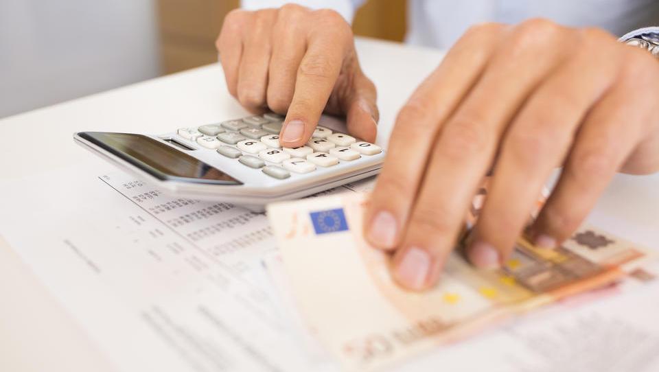 Ukinitev registrskih računov ne pomeni nujno stroškov