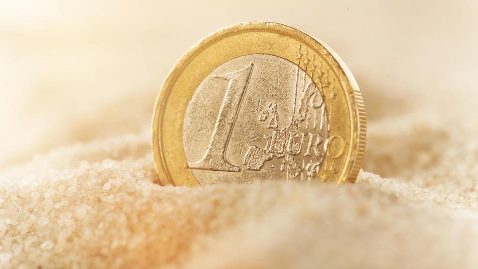 TOP razpisi tega tedna: evropska komisija in občine
