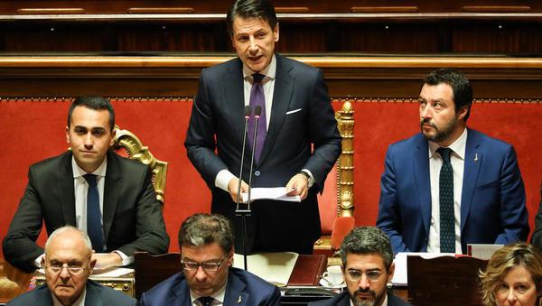 Kaj prinaša reforma italijanske vlade, ki uvaja temeljni dohodek in znižuje upokojitveno starost