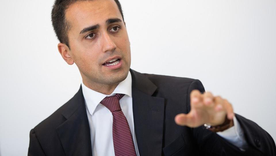 Italijanski proračunski načrt spet na tapeti – Di Maio ga brani kot potencialni evropski recept