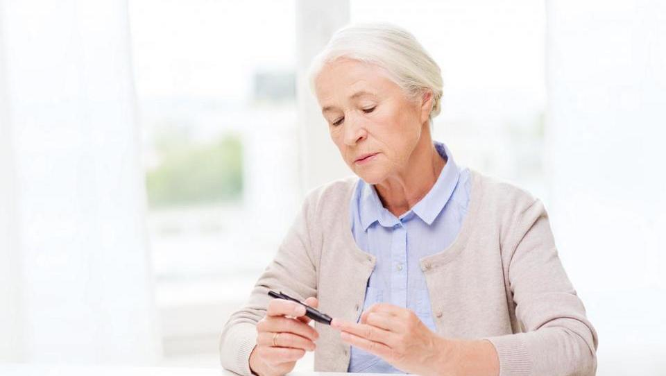 Sladkorni bolnik naj inzulin dobi, ko ga potrebuje