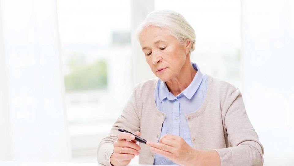 Japonski raziskovalci iščejo časovno ločnico med zdravo in moteno glukozno presnovo