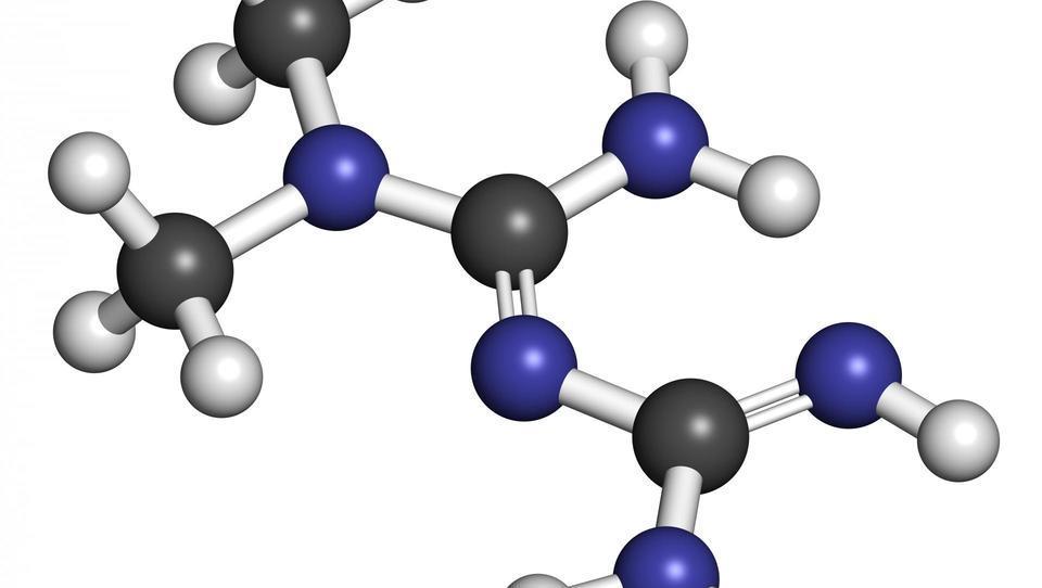 Je lahko metformin najuspešnejši za dolgoročni nadzor teže?