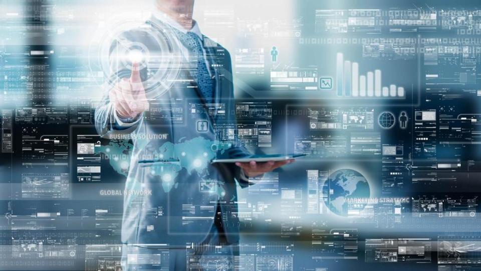 Letos bilijon evrov za digitalizacijo