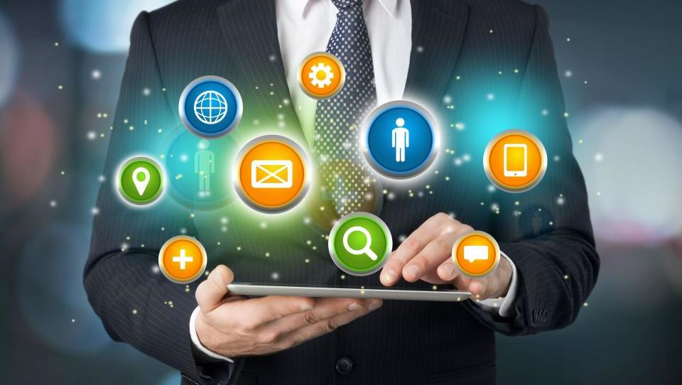 Digitalizacija za spodbudo industrije