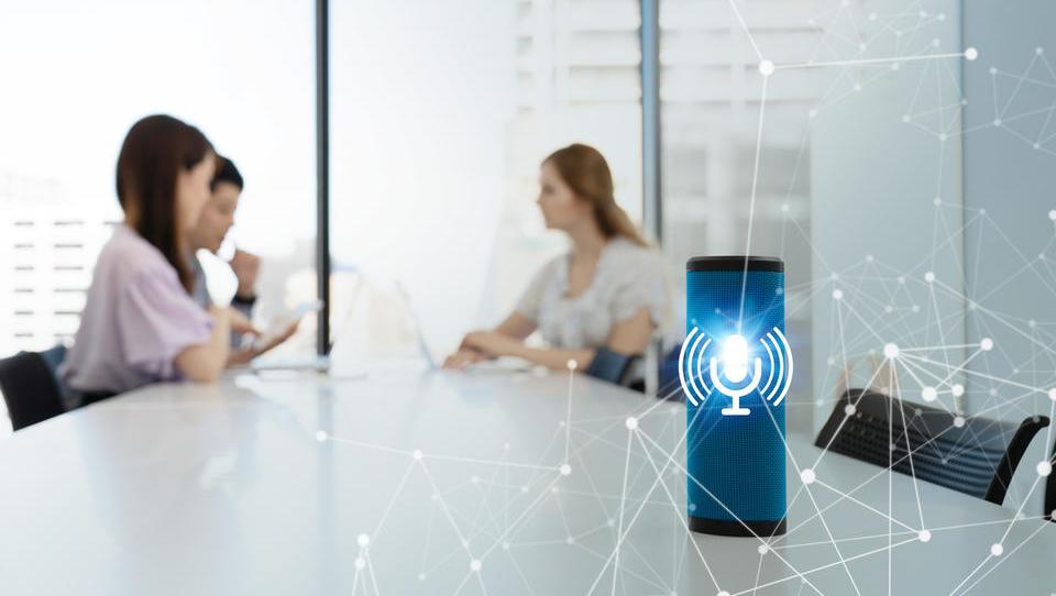 Digitalni pomočniki: Alexa prihaja v Windowse, Cortana pa bo obdelovala poslovne uporabnike