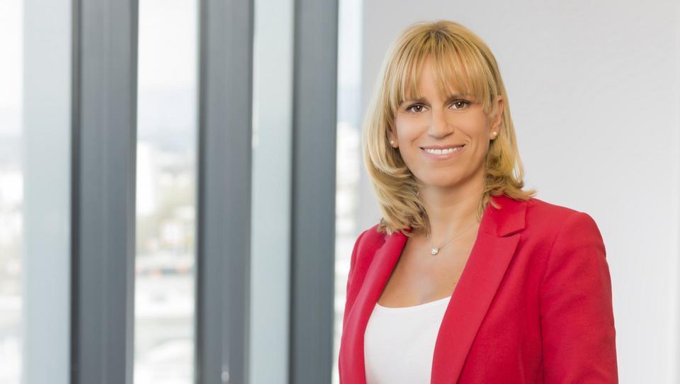 (Intervju) Barbara Domicelj, Microsoft: Tudi v Sloveniji že imamo podjetja, ki so svoje strategije postavila na umetno inteligenco