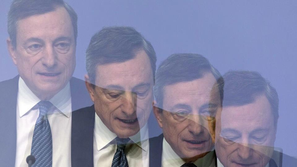 (grafi) Bo šef ECB danes naznanil, da je obdobja poceni denarja nepreklicno konec?