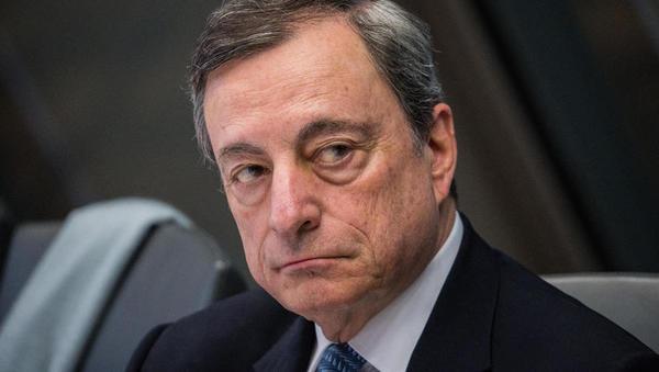 ECB je depozitno obrestno znižala na negativnih -0,5 odstotka in oživila neto odkupe obveznic
