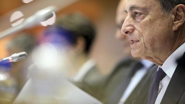Pričakovanja: šef ECB Draghi bo v četrtek pripravil teren za nove pošiljke poceni denarja