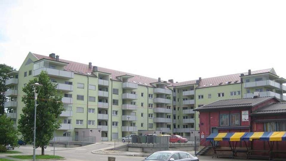 Za stanovanja v Dupleku se je steplo okoli 100 kupcev