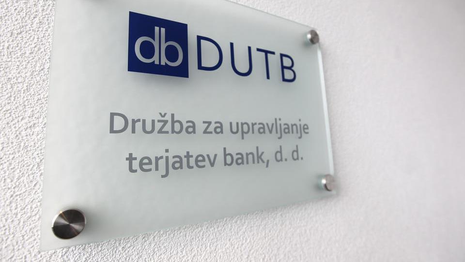 Za glavnega izvršnega direktorja DUTB 24 prijav
