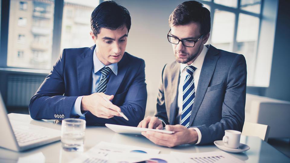 Katere kontrole narediti pred pripravo zaključnega računa in davčnega obračuna