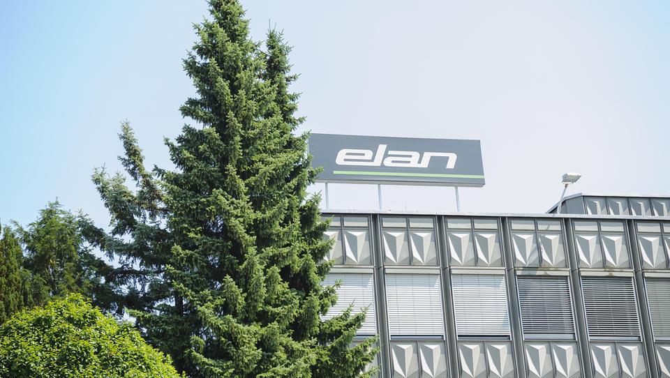 Elan in BSH zaustavila proizvodnjo, v Talumu zelo okrnjena, v Revozu težave zaradi avtobusov