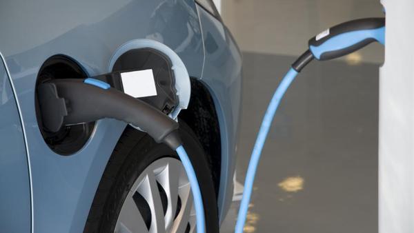 Podrobnosti in omejitve subvencij za električne avte