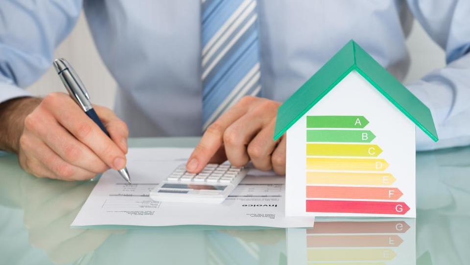 Občinam 17,6 milijona evrov za energetske obnove stavb