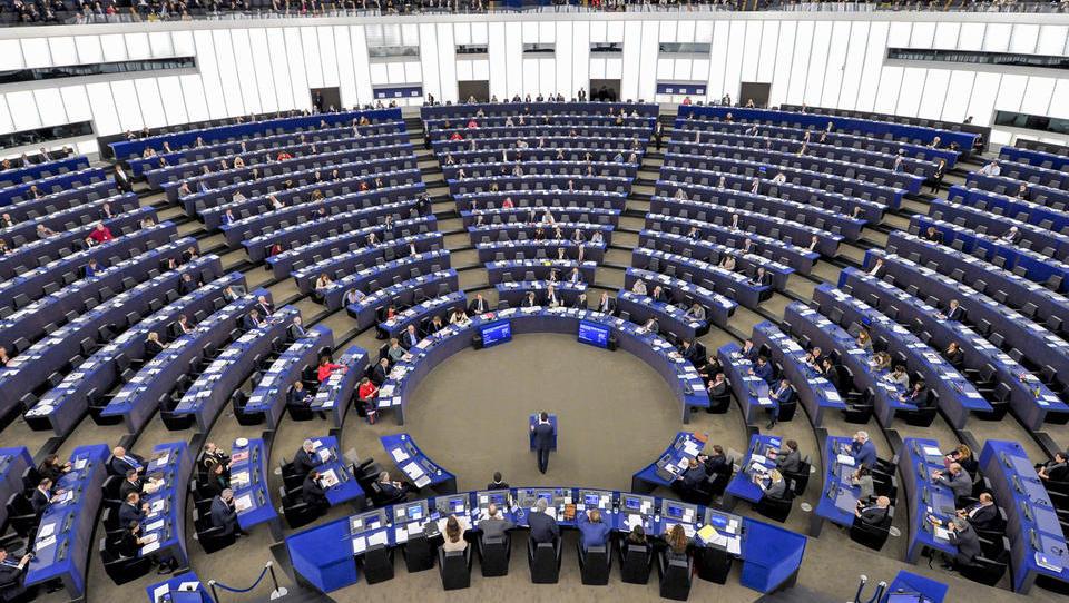 Recimo še kakšno o pristojnostih evropskega parlamenta