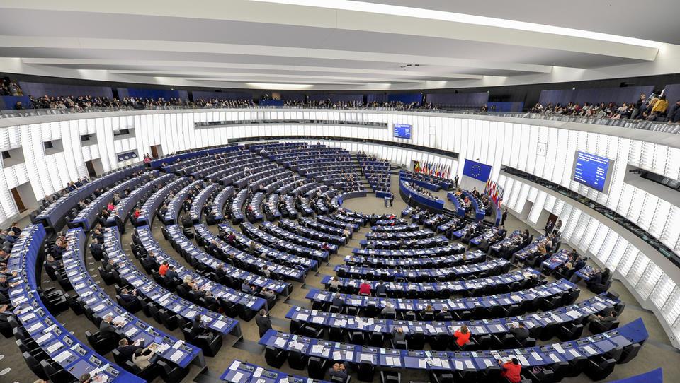 Evropski parlament Rusije ne vidi več kot strateškega partnerja EU