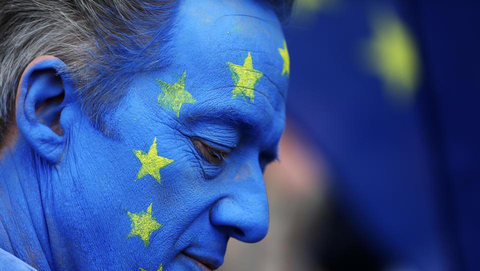 (upravljanje v živo) Odpisati Evropo? Napaka!
