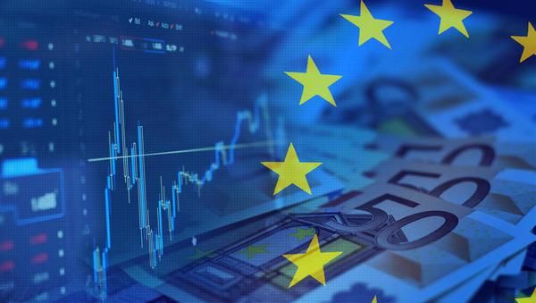 Na evroobmočju že tretji mesec zapored 0,3-odstotna deflacija