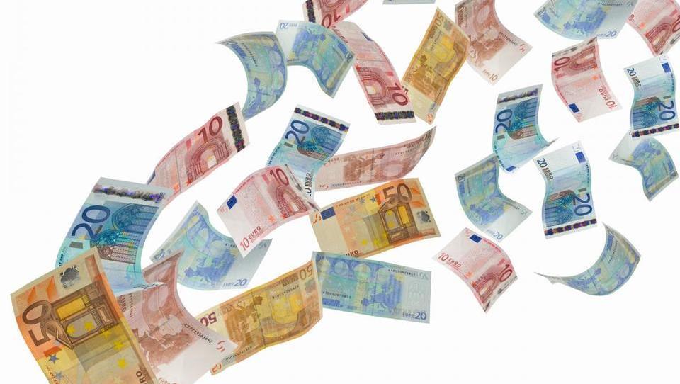 Odvetnik: obstajajo velike možnosti za povračilo vplačanih premij
