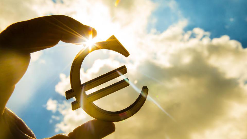 20 let evra – denar ali življenje!