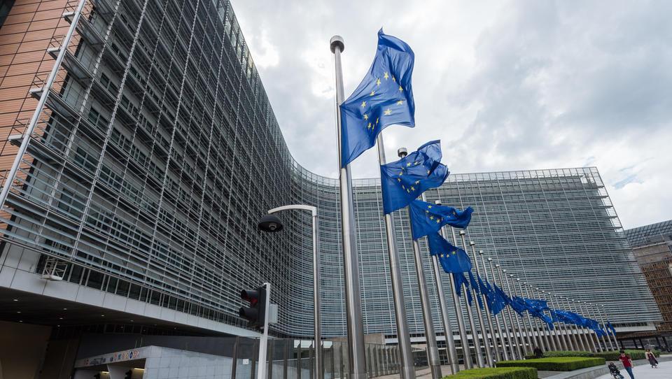 Evropski parlament sporoča članicam: novi šef komisije ne more biti nekdo, ki ni bil uvrščen med vodilne kandidate