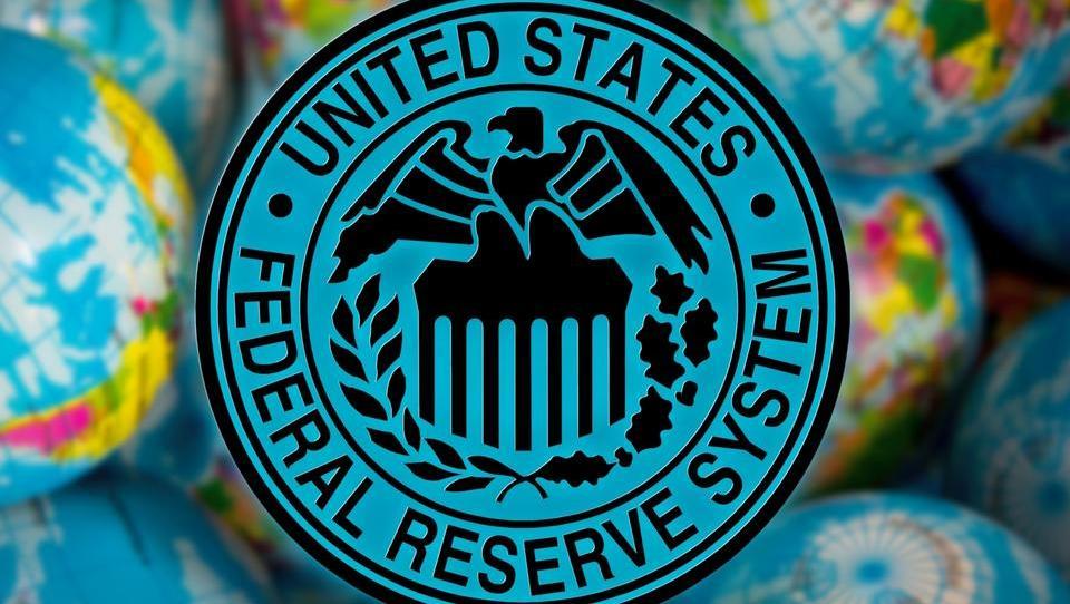 Federal Reserve kot grožnjo ameriški ekonomiji omenja tudi brexit in trgovinske napetosti