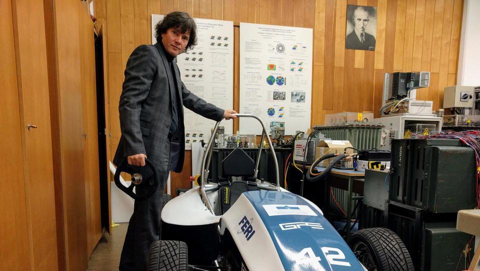 (video) Mariborski študentje razvijajo avtonomno vozilo