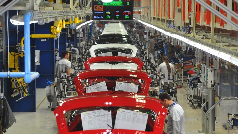 Fiat v Kragujevcu odpušča, slovenski dobavitelj miren