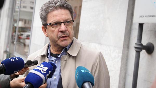 Fides napoveduje, da bodo zdravniki delali manj
