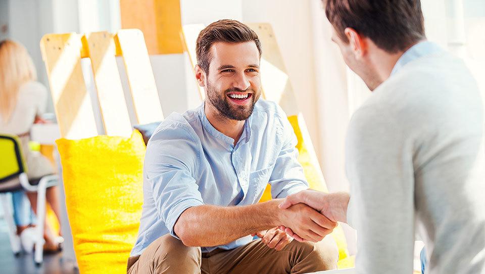 Izboljšajte delovno klimo v podjetju s pomočjo humorja