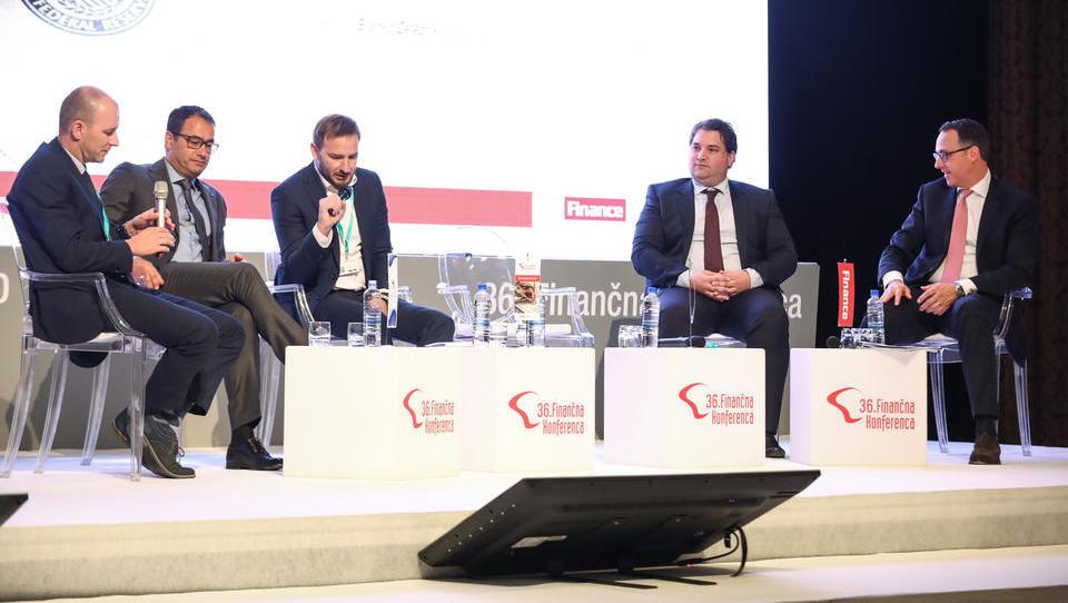 Se na slovenski borzi da zbrati kapital za rast podjetja?