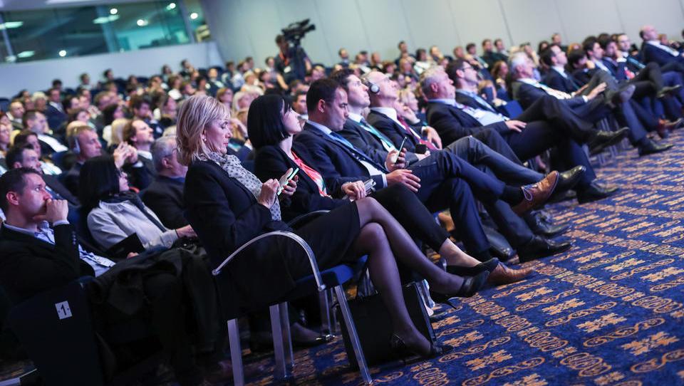 Foto: Utrinki s Finančne konference