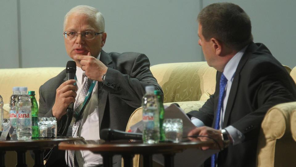 (s Finančne konference) Pogovor z Istvanom Szekelyem: Je Slovenija prekapitalizirala banke?