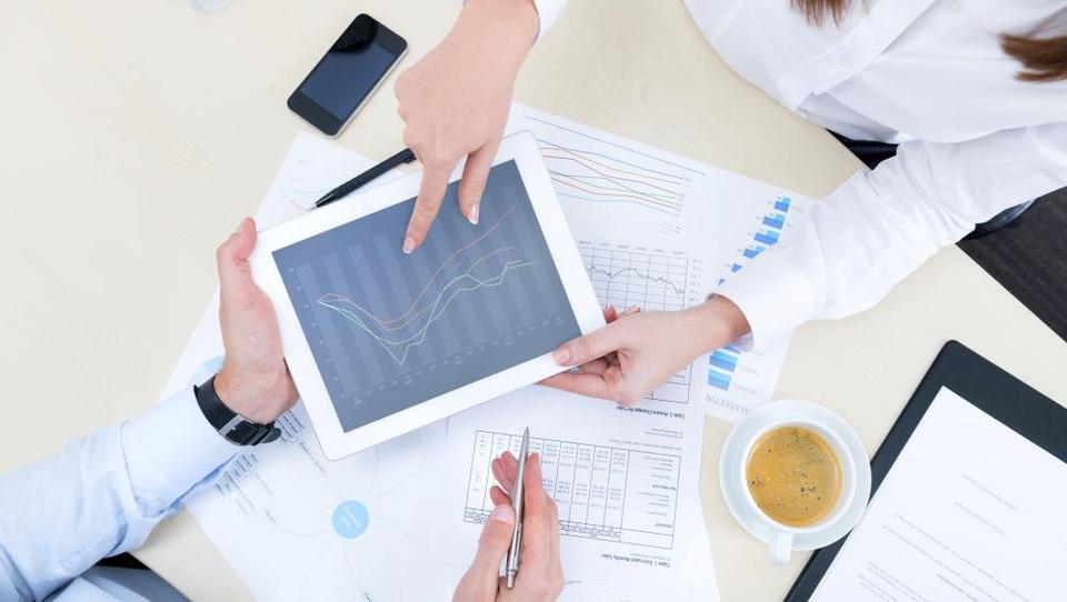 Kako se lotiti osnovne analize večje količine podatkov