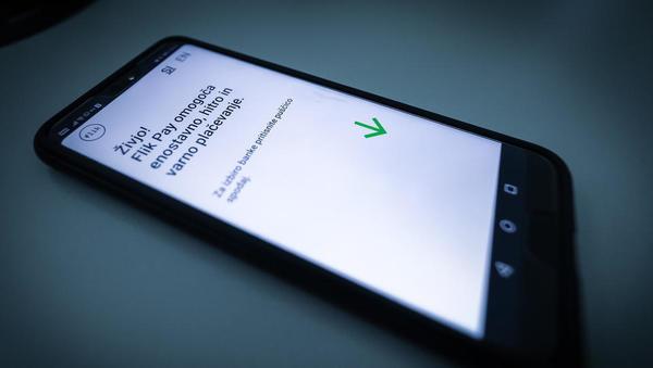 Odgovor slovenskih bank na fintech je zaživel: omogočene transakcije prek telefona v nekaj sekundah