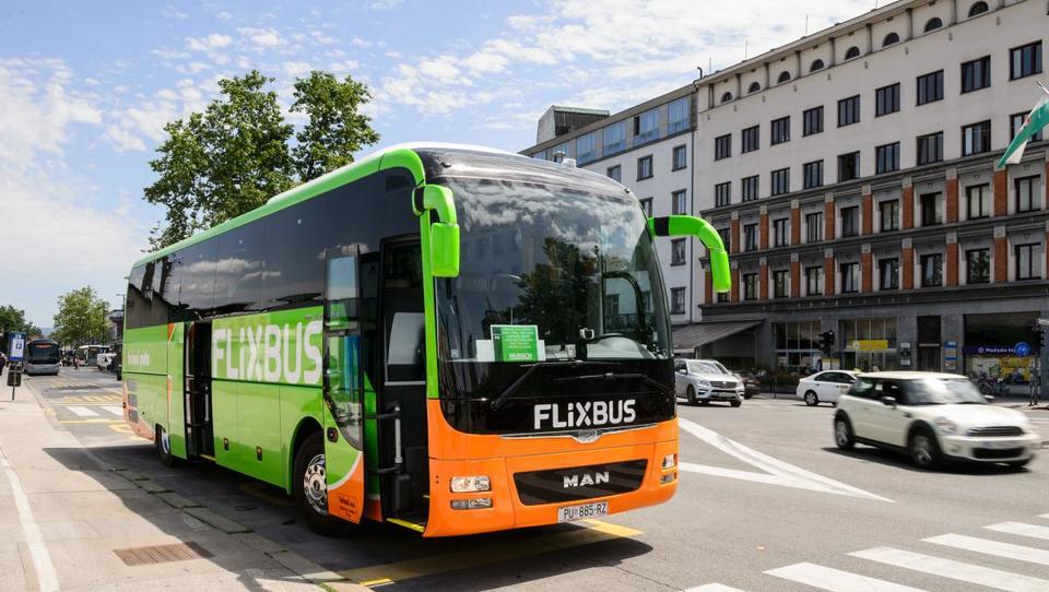 Če malo pred polnočjo ujamete avtobus na ljubljanski postaji, se lahko zbudite v Rimu