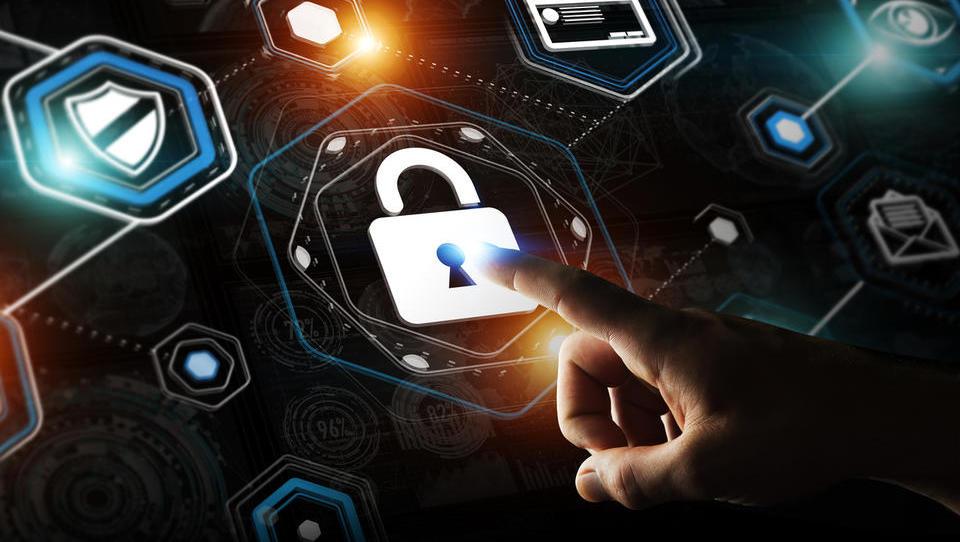 Po aferi IzolaLeak vse o varstvu podatkov na enem mestu
