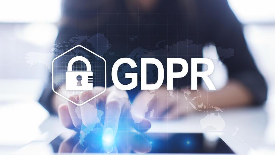 GDPR: Leto, ko so v ospredje stopili osebni podatki