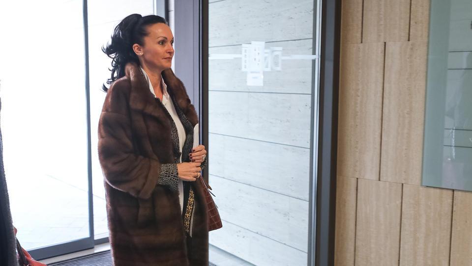 Lidia Glavina bi Kostiću dala še dodaten čas za prevzem Gorenjske banke
