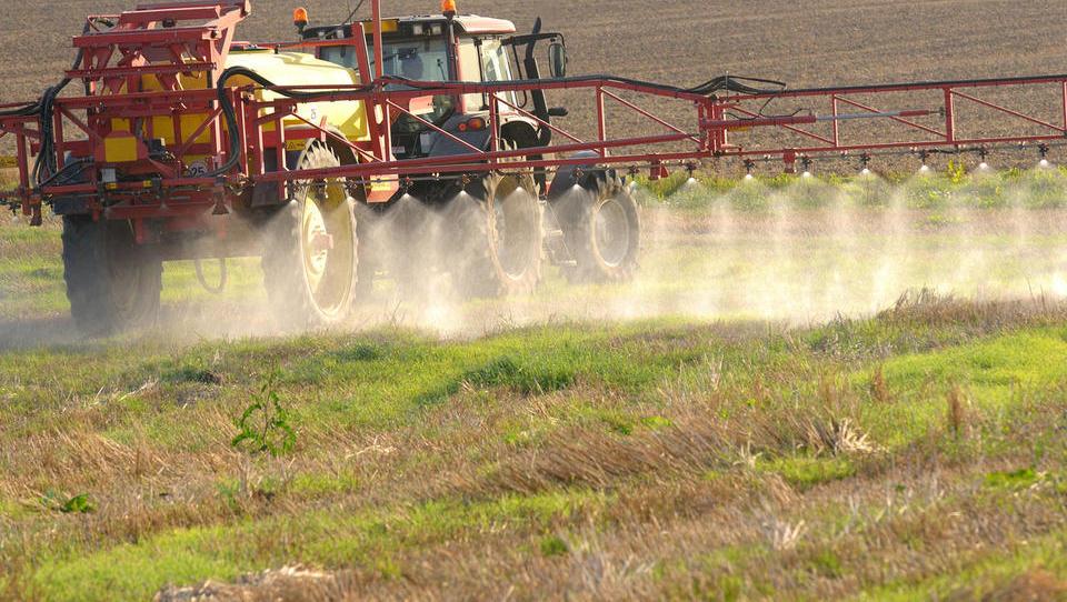 Pomoč zaradi epidemije COVID-19: nov razpis za obratna sredstva za kmetije